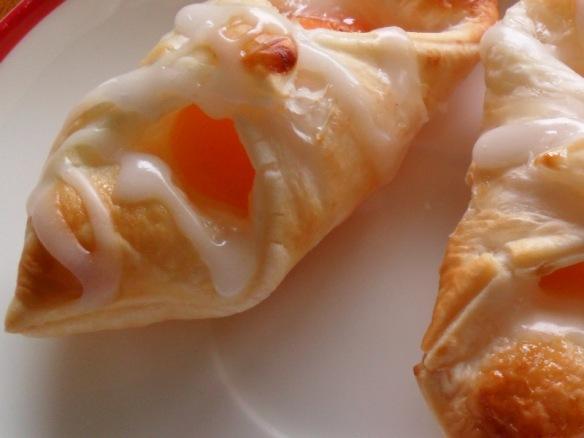mini apricot danish