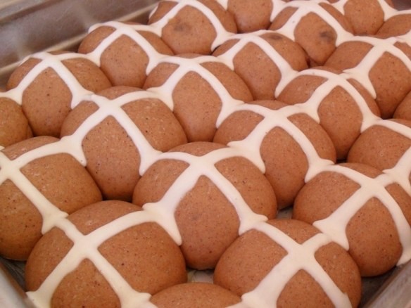 hot cross buns uncooked